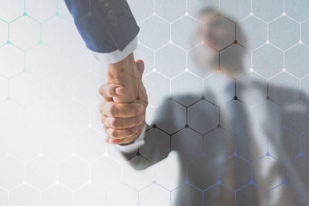 apreton-manos-negocios-corporativos-socios_53876-96139